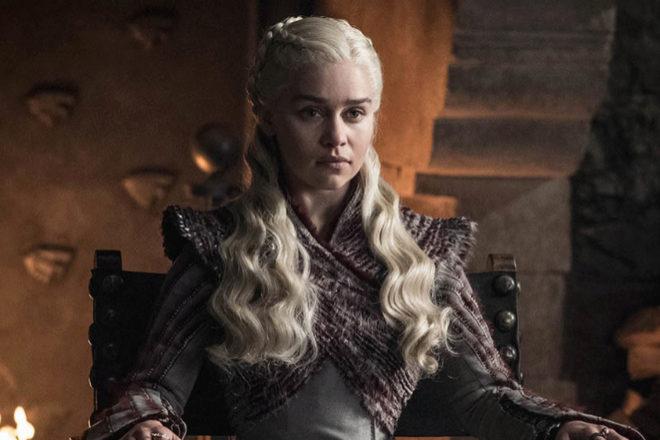 Emilia Clarke, en su papel como Daenerys Targaryen en Juego de Tronos.