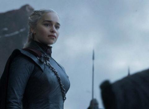Daenerys Targaryen (Emilia Clarke) en el capítulo final de Juego de...