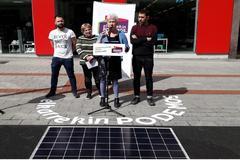 Acto sobre energía solar de Elkarrekin Podemos en Vitoria.