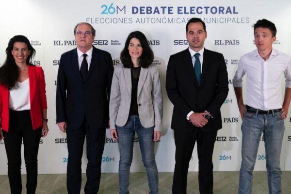 Los candidatos en el debate organizado por el grupo Prisa.