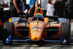 Las disculpas de McLaren a Alonso y el 'no' a comprar otro asiento