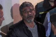 Bernardo Montoya sale de los juzgados de Valverde del Camino.