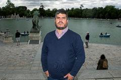 Federico Perez, huido a Madrid por tener una orden de detención de Maduro, en el Parque del Retiro.