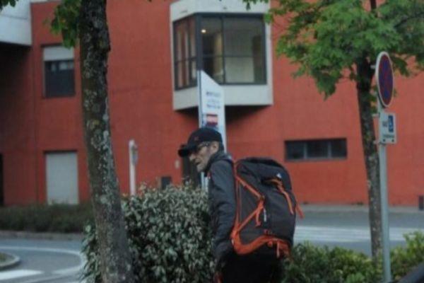 El etarra Josu Urrutikoetxea, momentos antes de su detención.