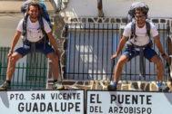Andrea Martello y Adrián R. Pelayo cruzan la Península Ibérica a pie y sin un euro.