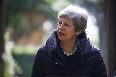 May abre las puertas a un segundo referéndum y lo deja en manos del Parlamento