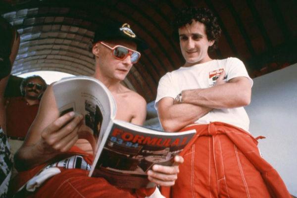 Niki Lauda (izda), junto a su compañero de McLaren Alain Prost.