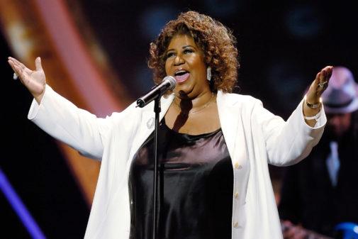 Aretha Franklin interpreta 'Respect' en la décima entrega anual de...