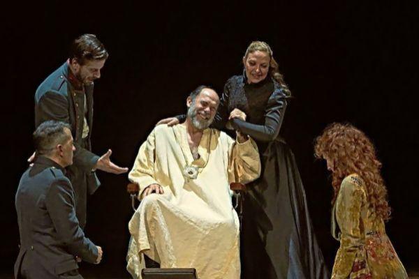Un momento de la obra 'El castigo sin venganza' de Lope de Vega que viernes y sábado se podrá ver en el Teatre Principal.