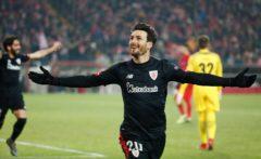 Aritz Aduriz celebrando un gol.
