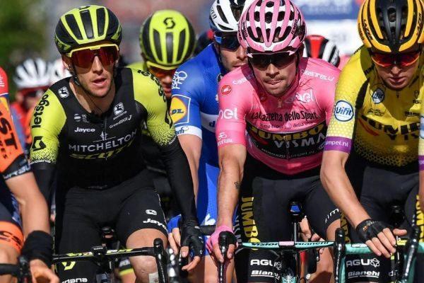 Yates y Roglic, en la sexta etapa, con meta en San Giovanni Rotondo.
