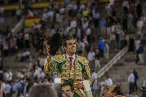 Emilio de Justo abrió la Puerta Grande en la Feria de Otoño 2018