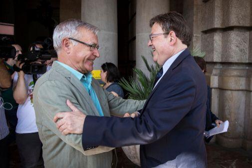 Joan Ribó y Ximo Puig.