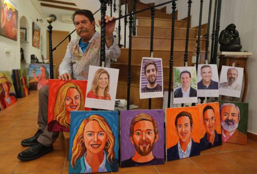 El artista Bolumar, con los retratos de los candidatos de Castellón.