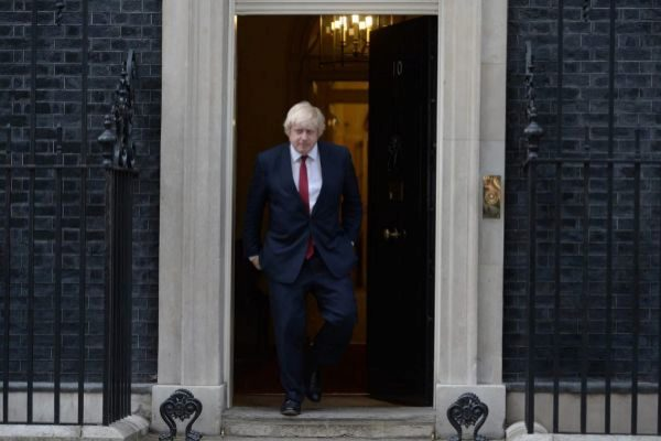 Boris Johnson, abandonando el 10 de Downing Street.