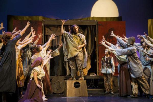 Escena del musical 'El Médico' de Noah Gordon