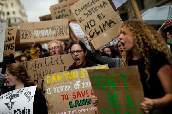 Estudiantes protestando en Barcelona