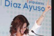 Isabel Díaz Ayuso en un mitin en Móstoles.