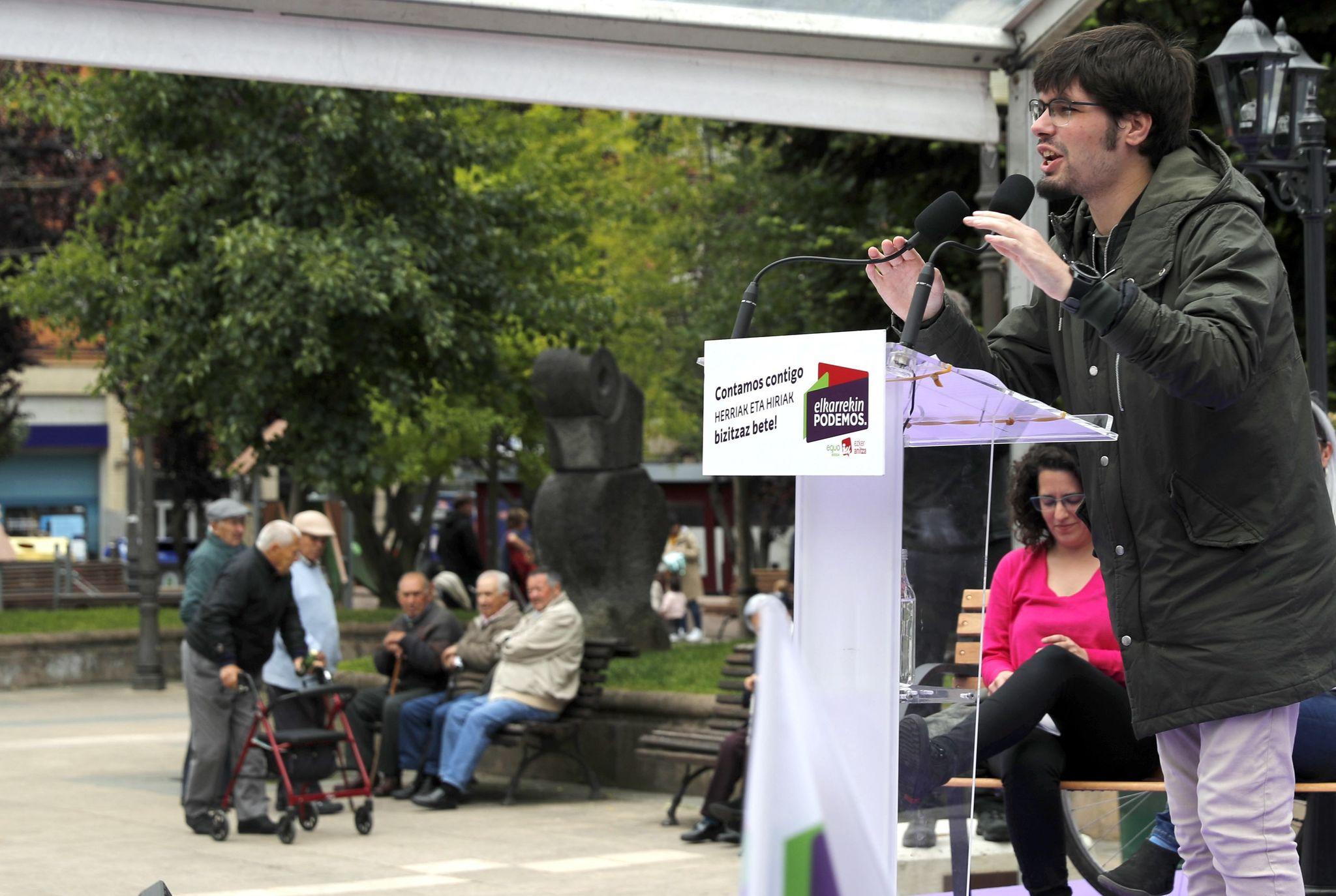 El secretario general de Podemos, Lander Martínez, en Rekalde.