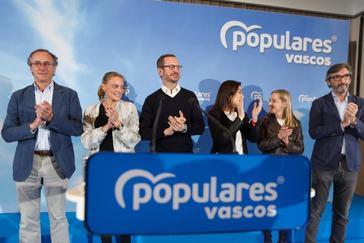 Acto fin de campaña del PP en Vitoria.