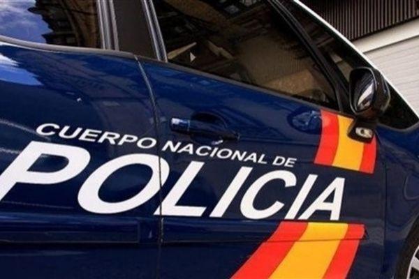 Muere un hombre en Palma atrapado por una puerta al intentar colarse...