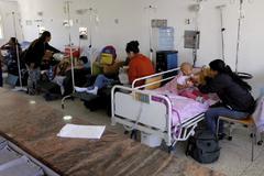 Varios niños mueren  en hospitales sin medios ni fármacos