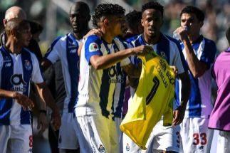 Las lágrimas de Casillas con la dedicatoria de gol de Soares en la final de la Copa