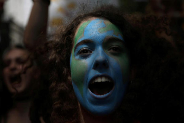 Una de las manifestantes de las protestas del pasado viernes en Madrid.
