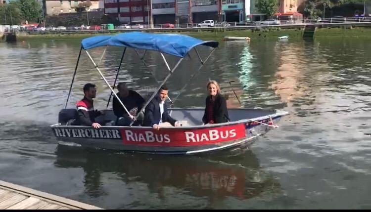 La candidata del PP a la alcaldía de Bilbao en la presentación del RíaBus.