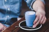 Y DE BEBER, CAFÉ AZUL