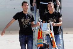 Valencia rinde honores al campeón de Copa