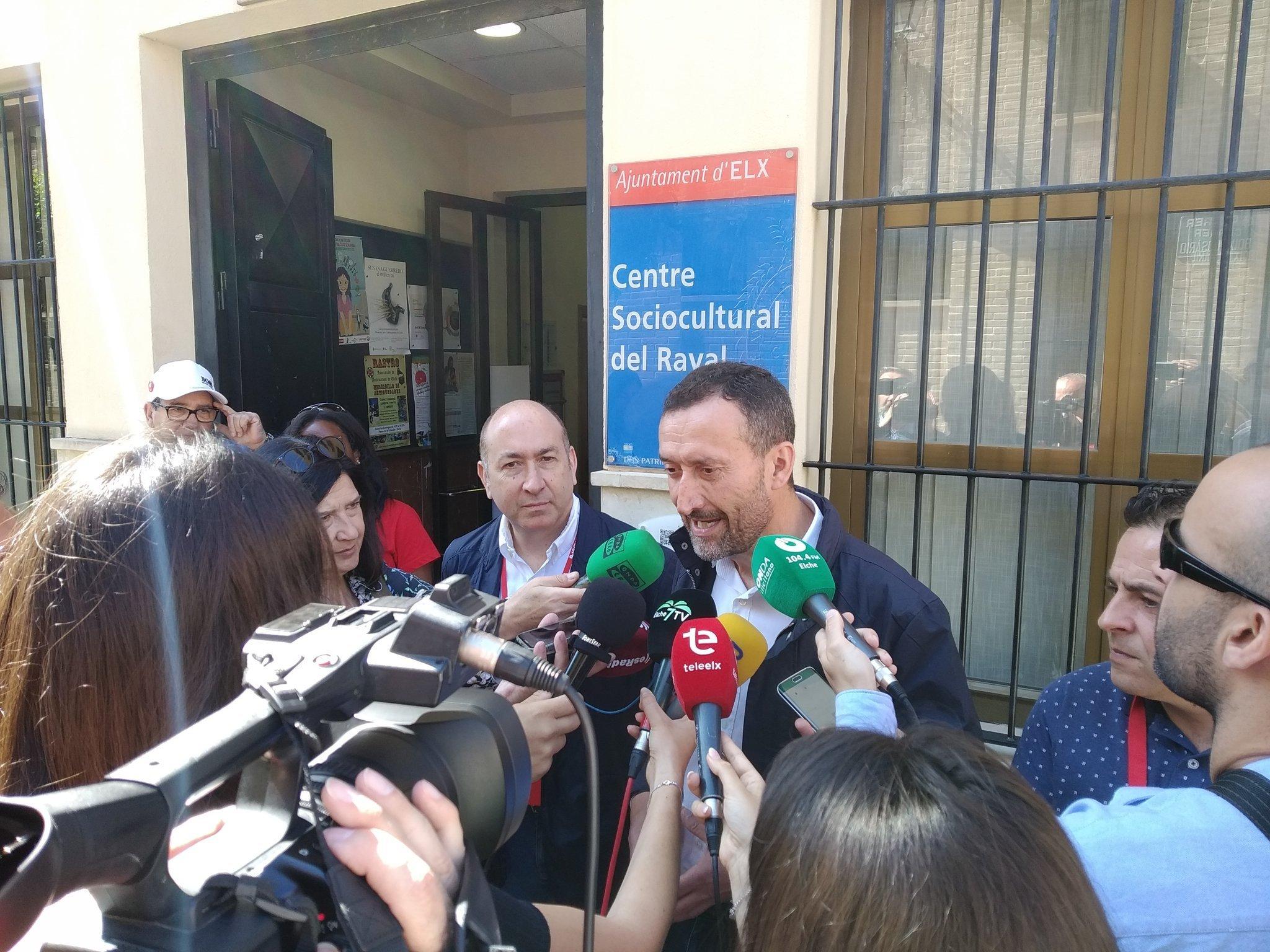 Carlos González revalida y el PSOE se sitúa como partido más votado con 12 concejales.