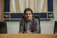 Javier Ayala, candidato socialista, que ha vuelto a dar la mayoría al PSOE en Fuenlabrada.
