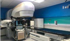 Acelerador lineal de electrones donado por Ortega para el Complejo Hospitalario de Torrecárdenas, en Almería.