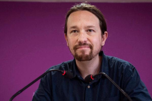 Pablo Iglesias, durante su comparecencia ante la prensa en la sede de Podemos.