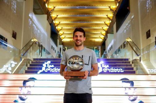 Laprovittola, con el trofeo del MVP Movistar.