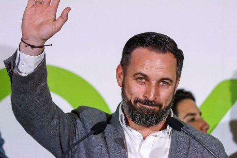 GRAF9015. MADRID.- El líder de Vox, Santiago <HIT>Abascal</HIT>, valora en la sede del partido los resultados de las elecciones municipales, autonómicas y europeas.