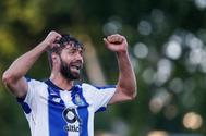 RA. Oeiras (Portugal).- FC <HIT>Porto</HIT>'s player <HIT>Felipe</HIT> celebrates after scoring a goal during the Portuguese Cup final soccer match between Sporting CP and FC <HIT>Porto</HIT> held at Jamor stadium in Oeiras, Portugal, 25 May 2019. EPA/