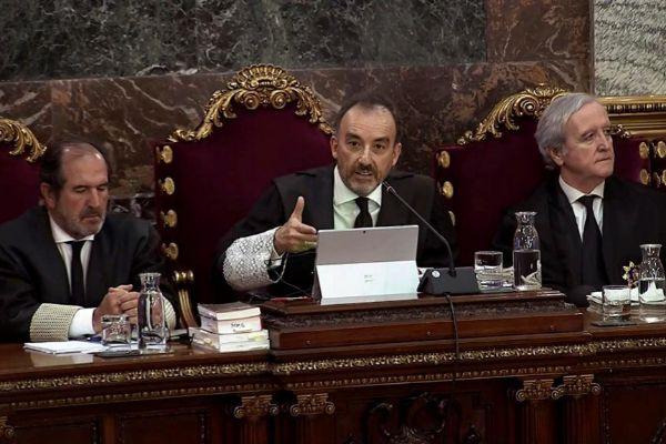 En el centro, el presidente del tribunal del 1-O, Manuel Marchena.