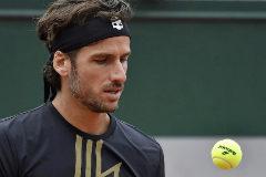 Feliciano se despide de Roland Garros en el duelo de los récords