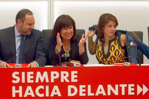 José Luis Ábalos, Cristina Narbona y Adriana Lastra, en la Ejecutiva...
