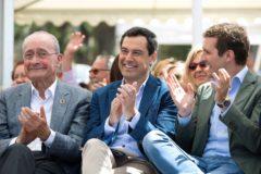 De la Torres, Juanma Moreno y Pablo Casado, en Málaga.
