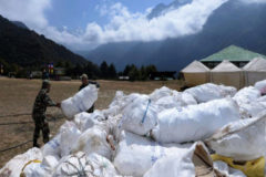 El Everest, el basurero más alto del mundo