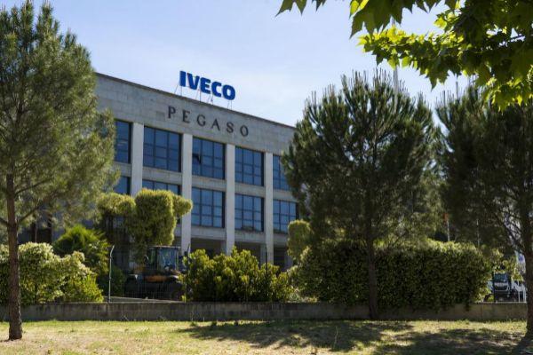 La sede de Iveco donde trabajaba la trabajadora que se suicidó.