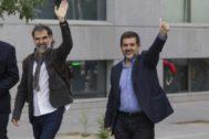 Los líderes independentistas Jordi Cuixart y Jordi Sànchez, en una imagen de archivo.
