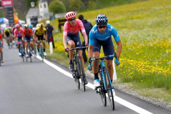 Mikel Landa (delante), durante la etapa 17 del Giro.