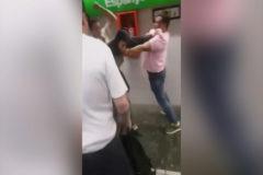 Un usuario de metro 'se lía' a puñetazos con un carterista