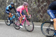 Team Movistar rider Ecuador's Richard Carapaz, with the pink jersey of overall leader, takes part in stage eighteen of the 102nd <HIT>Giro</HIT> d'Italia - Tour of Italy - cycle race, 222kms from Valdaora to Santa Maria Di Sala on May 30, 2019. (Photo by Luk BENIES / AFP)