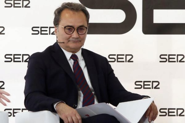 El alcaldable del PSOE en Alicante, Paco Sanguino, en un debate electoral.