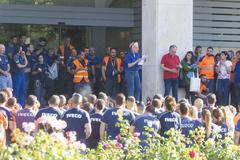 Trabajadores de Iveco en una concentración frente a la sede de la compañía.